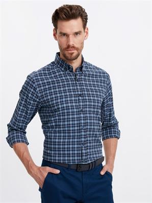 6ef8f75611e Regular Long Sleeve Shirt -8W3406Z8-700 - LC Waikiki
