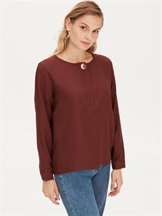 %100 Polyester  Yaka Detaylı Krep Bluz
