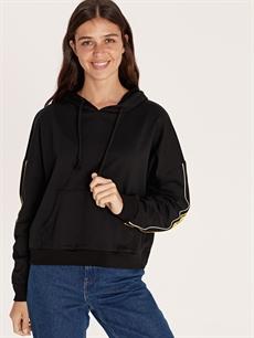 %70 Pamuk %30 Polyester  Kolları Şerit Detaylı Kapüşonlu Sweatshirt